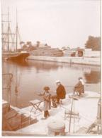 Voilier - Photo ! C.1900 Courseulles Sur Mer - Arthur Corbel - Pecheur - Bateaux