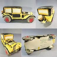 ~ BOUTEILLE A LIQUEUR GARNIER VOITURE FIAT 509 - Automobilia Automobile Bistrot Bar Alcool Gaston Lagaffe - Spirits