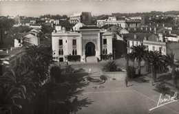 Place Et Mairie D'EL BIAR  RV  Beau Timbre 12F - Alger