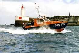 SNSM St Malo (35) : Vedette Rapide Martine Charcot II SNS 218 - Bateaux