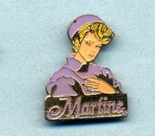 Pin's  Martine - Pin-ups