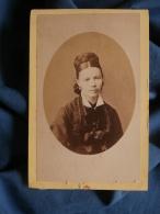 Photo CDV L. Charpin à St Mihiel - Portrait Jeune Femme Tresse En Chignon Circa 1875 L394 - Photographs