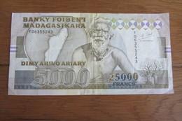 Madagascar 25000 F - Madagascar