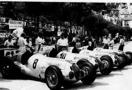 Grand Prix De Monaco En 1937 - Mercedes W125s Of Caracciola-Von Brauchitsch-Kautz-Zehender -  15x10 PHOTO - Grand Prix / F1