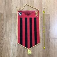 Flag (Pennant / Banderín) ZA000095 - Football (Soccer / Calcio) Bosnia Celik Zenica - Habillement, Souvenirs & Autres