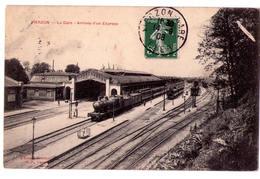 2731 - Vierzon ( 18 ) - La Gare - Arrivée D'un Express - - Vierzon