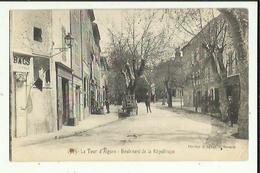 La Tour D'Aigues  84   Le Boulevard  De La  Republique Animé _Attelage Livreur_Coiffeur _Epicerie_et Café - La Tour D'Aigues
