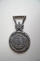 Dist Serv Med Navy Usa  US  UNITED STATES NAVY  MARINA USA  America       MEDAGLIA   MEDAL Da Identificare - Italy