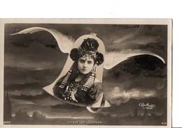 Illustrateur REUTLINGER. Paris.  VOYAGE DE CLOCHES. Joli Portrait De Femme. Pas Circulé. En Très Bon état. - Illustrators & Photographers