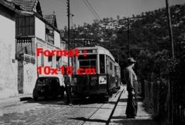 Reproduction D'une Photographie D'un Tramway Ligne 24 Préfecture Le Redon à Marseille En Mai 1958 - Reproductions