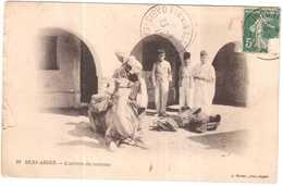 CPA ALGERIE.BENI-ABBES.L'ARRIVEE DU COURRIER - Andere Städte