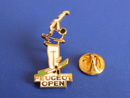 Pin's Arthus Bertrand - Joueur De Golf - Peugeot Open (AB39) - Arthus Bertrand