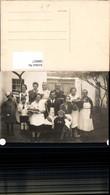 580817,Gruppenbild Familie M. Kuchen Essen V. Haus - Ansichtskarten