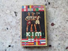 Scoutisme Agenda 1947 éclaireur France Et International 1ère Jamborée Avec Française - Tranche Décollée Mais BE Général - Calendars
