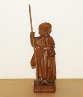 Statue Religieuse En Bois Sculpté Représentant Sant-Yago - Wood
