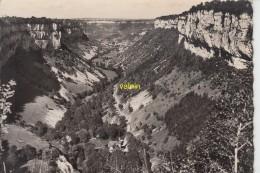 La Vallée De Baume Les Messieurs Vue Du Belvedere De Crancot - Francia