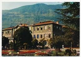 CPSM 10.5 X 15 Isère Grenoble  Grenoble - LA TRONCHE  Hôpitaux Civils - Cour D'Honneur. Pavillon Canel - La Tronche