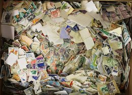 WORLD STAMPS (8kg) Off Paper - Mixture In A Carton. - Stamps