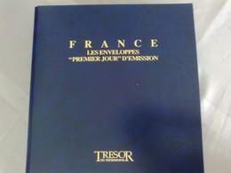 Classeur 24 Monnaies Sur Enveloppes Timbrées Commémoratives De France - Collections
