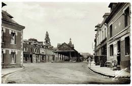 CPA - 76 - BOSC LE HARD - Halles - Commerces ... E. Thierry - Neufchâtel En Bray
