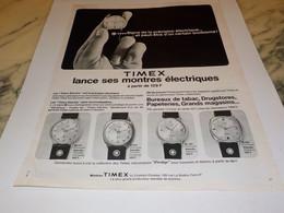 ANCIENNE PUBLICITE MONTRE ELECTRIQUE TIMEX 1969 - Jewels & Clocks