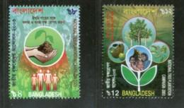Bangladesh 2003 National Tree Plantation Campaign Hand Family Sc 672-3 MNH # 2753 - Bangladesh