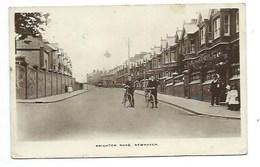 ANGLETERRE - NEWHAVEN - Brighton Road  - CPA - Non Classés
