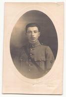 Carte Photo D'un Soldat ( Déchirure ) - Altri