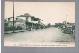 MAURITIUS Rue Du Jardin Et Succursale Des Magasins A Gurepipe Ca 1910 OLD POSTCARD 2 Scans - Mauritius