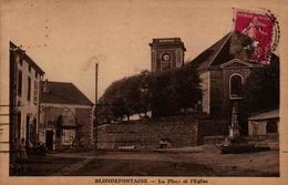 70 - BLONDEFONTAINE - La Place Et L'Eglise - Autres Communes