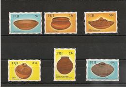 FIJI Artisanat Poteries/Potteries Année  1988 N°Y/T : 581/86** - Fidji (1970-...)