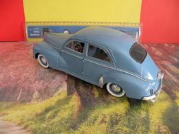 Peugeot 203 - 1954 - Métal Neuf - 1/18 - Sans Boite - Solido - - Solido
