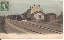 CHABRY LA GARE ET L ARRIVEE D UN     TRAIN - France