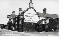 REAL PHOTO POSTCARD - BARNBY MOOR - YE OLD BELL HOTEL  - - B190 - Northamptonshire