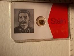 Stalin - Cartoncino Con Medaglietta . - Gettoni E Medaglie