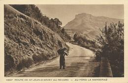 73)  SAINT JEAN D' ARVEY - Route De St. Jean D' Arvey Au Revard - Au Fond La Margeriaz (  Porteur De Bois  ) - Otros Municipios