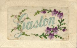 PRENOM - GASTON - Superbe Cpa Brodée Avec Fleurs - Prénoms