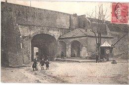 FR66 PERPIGNAN - Grand Bazar - La Porte De CANET - Animée - Perpignan