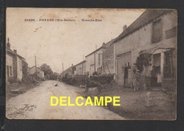 DD / 70 HAUTE SAÔNE / POYANS / GRANDE RUE / FAMILLE DEVANT L' EPICERIE MERCERIE - France