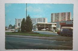 77 : Chelles - Le Carrefour ( Garage  Peugeot , Véhicules  ) - Chelles