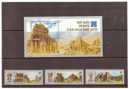 3 Timbres Vietnam Et 1 Feuillet. 2003 - Viêt-Nam