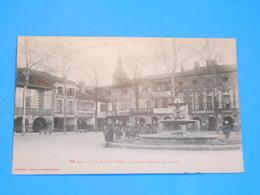 81 ) L'isle-sur-tarn - N° 65 Bis - La Fontaine Et La Place   : Année 1926 : EDIT : Labouche - Lisle Sur Tarn