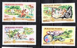 Ungheria  Hungary - 1975. Croce Rossa , Assistenza Malati. Red Cross, Assistance To The Sick. MNH - Croce Rossa