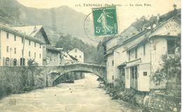 (74) TANINGES : Le Vieux Pont - Taninges