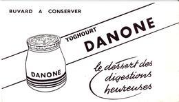 Buvard : Yoghourt DANONE - NEUF - - Produits Laitiers