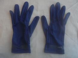 Ancienne Paire De Gants Bleu Pour Femme Années 60 - 1940-1970
