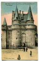CPA 35 Ille Et Vilaine Vitré Château Des Ducs De La Trémoïlle Le Chatelet Animé - Vitre