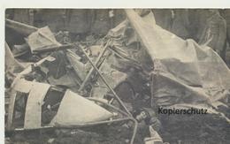 "AK ""Flugzeugwrack Mit Totem Flieger"" - Guerra 1914-18"