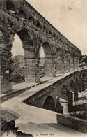 REMOULINS  Le Pont Du Gard - Remoulins