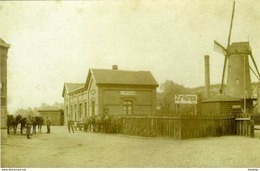 LOPPEM - Zedelgem (W.Vl.) - Molen/moulin - Fraaie Opname Van De Verdwenen Statiemolen Bij Het Station Tijdens 1914-1918 - Zedelgem